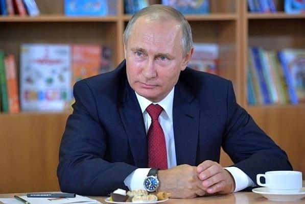 Владимир Путинзаяви, че въпреки ножът, който българската държава
