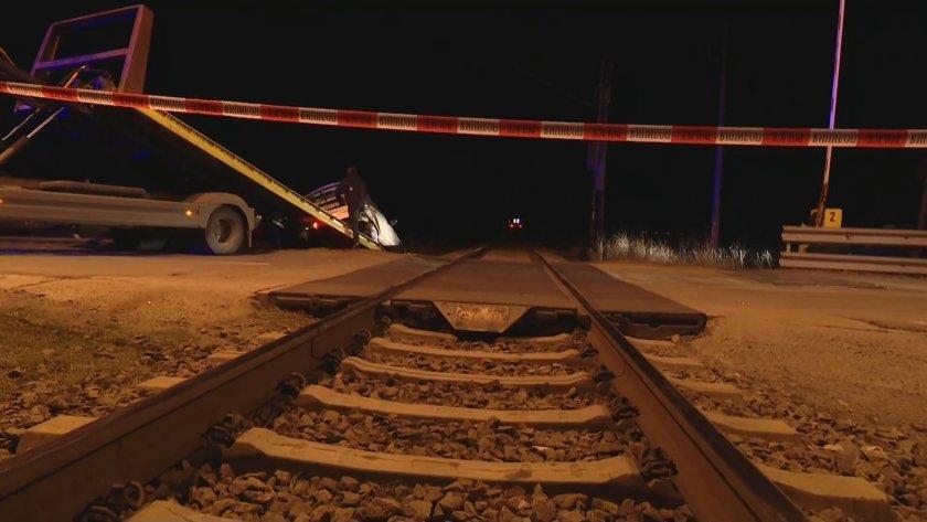 53-годишна жена загина след като влак помете автомобила