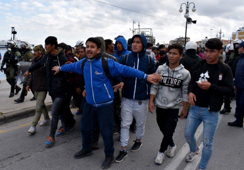 """""""Гърция вчера попадна под организирана, масова, незаконна атака"""