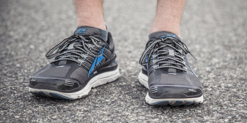 Коронавирусът може да оцелее върху обувки