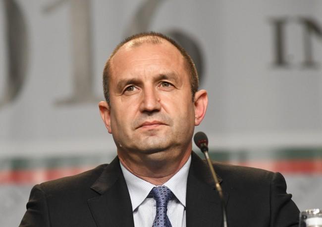 При посещението си в Тирана днес президентът Румен