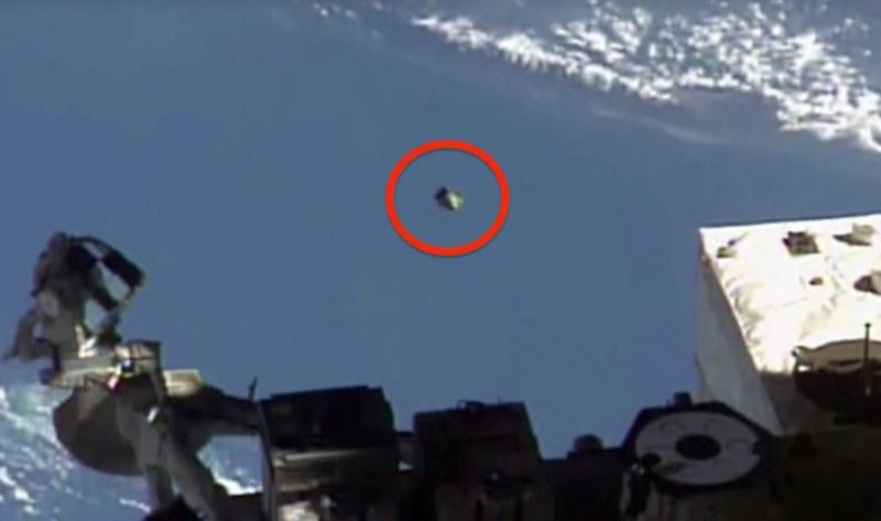 Летяща чиния се появи отново край Международната космическа