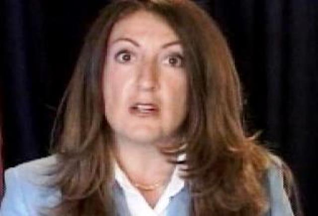 Тя е дипломат от кариерата и ще замени на поста