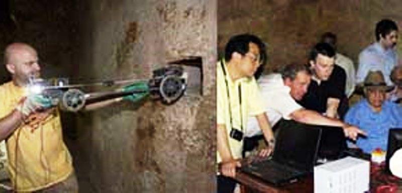 През 1993 г. робот се придвижи 63 см в тунела