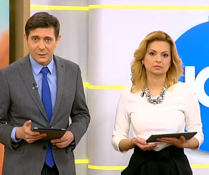 Снимка: Смут В Ефира На Нова Рано Сутрин! Виктор И Аделина Гледат Като Гръмнати! Вижте Снимки!