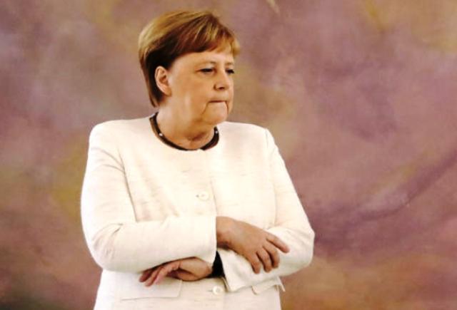 Както БРАДВА.БГ съобщи, на 18 юни Меркел получи необичайни тремори