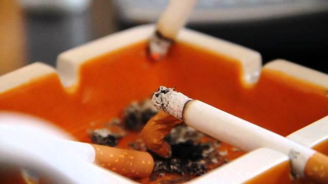 Германските учени предупреждават, чевинотоедва ли ще помогне назаклетите пушачи. Но