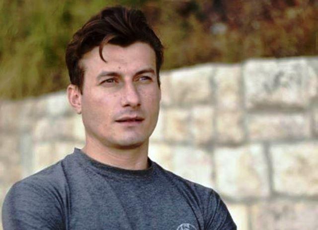 39-годишният Мартин Чикалов, балетист в Държавната опера в морския град,