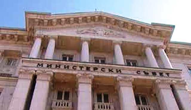 Лично премиерът и лидер на ГЕРБ Бойко Борисов обаче е