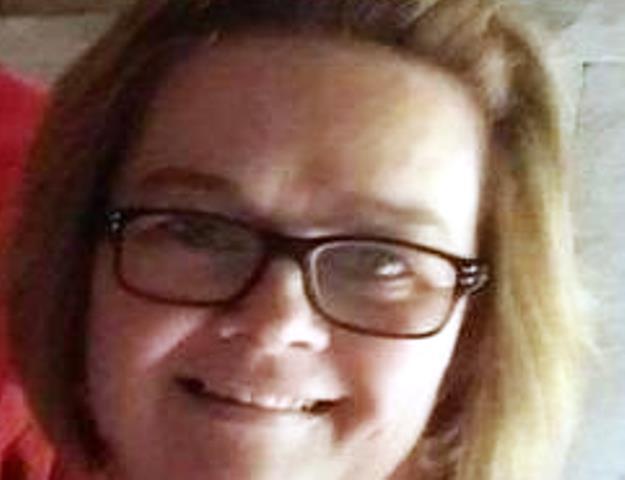 68-годишният Майкъл Лидъл от село Моърсхолм загива на място. Дъщеря