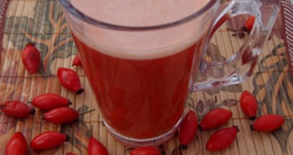 Необходими съставки: 5 чл. л. борови иглички; 2 супени лъжици плодове