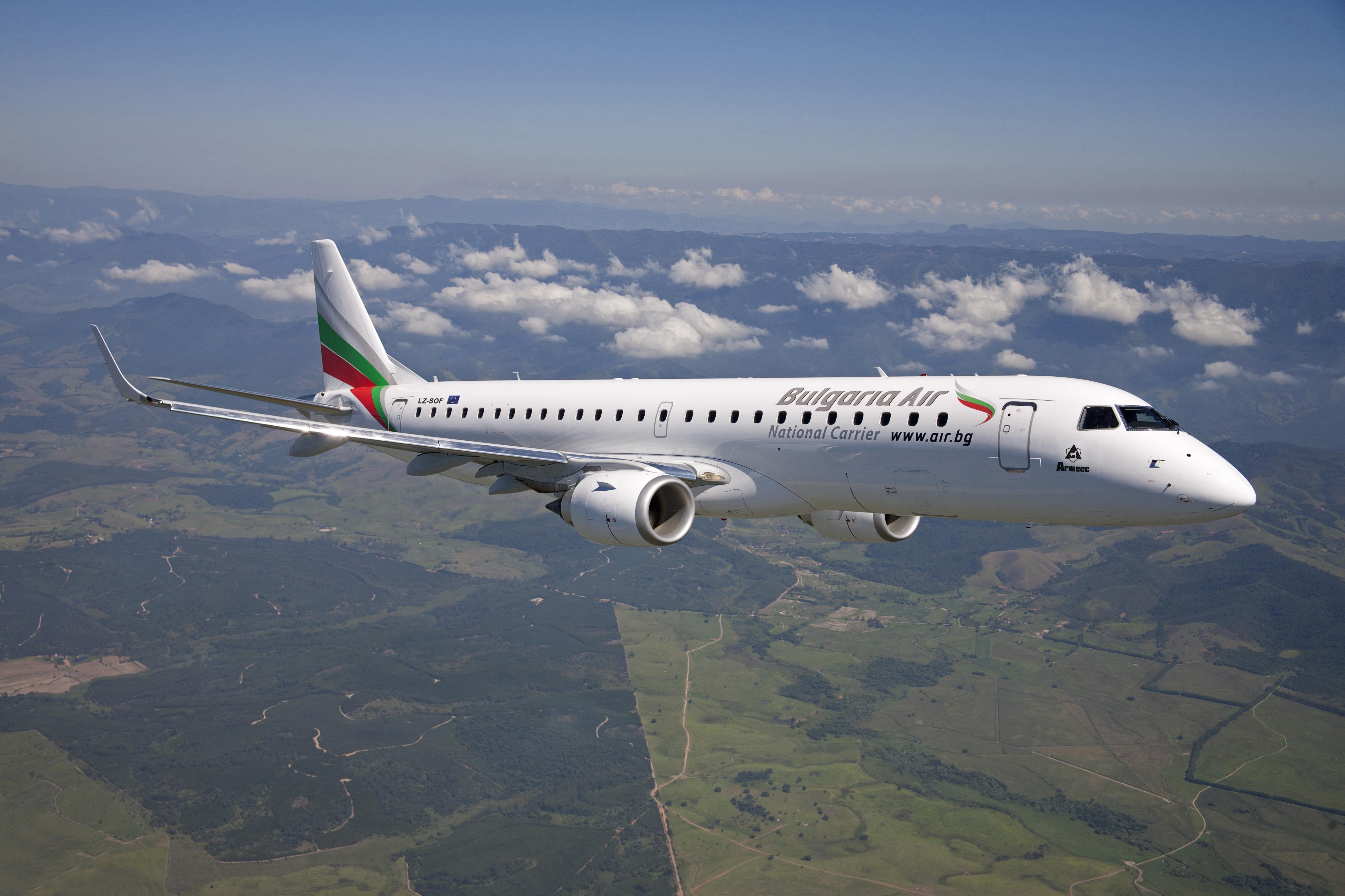 Управляващите организират полети, с които в страната да