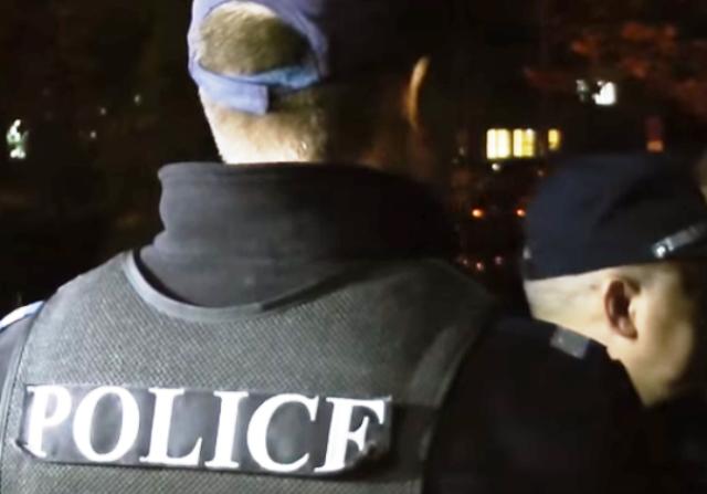 В резултат на предприетите незабавни оперативно-издирвателни действия криминалистите са установили