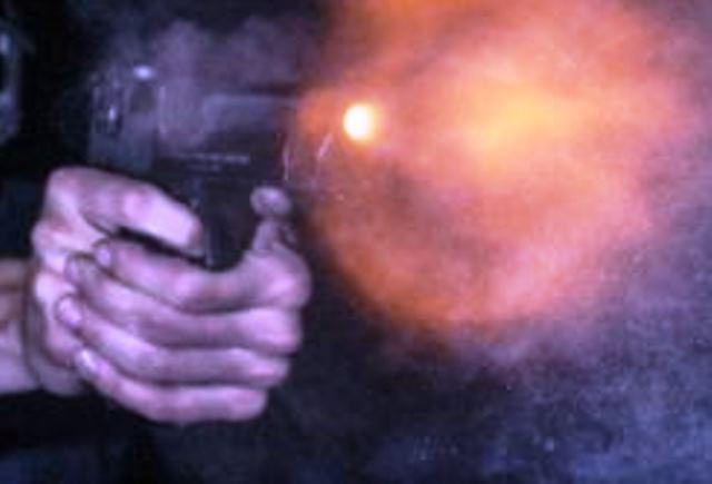 Снимка: Масов Разстрел В Оборотна Дискотека! Най-Малко Петима Са Убити, Много Ранени!