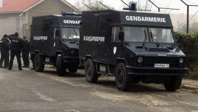 Жандармерия и полиция блокираха Сухиндол и павликенските села