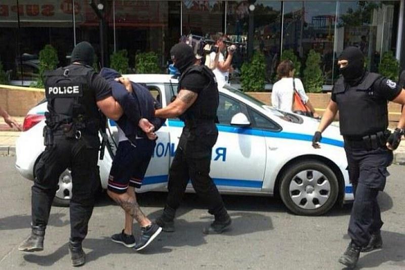 Арестувани са маскираните крадци, които пребиха и ограбиха