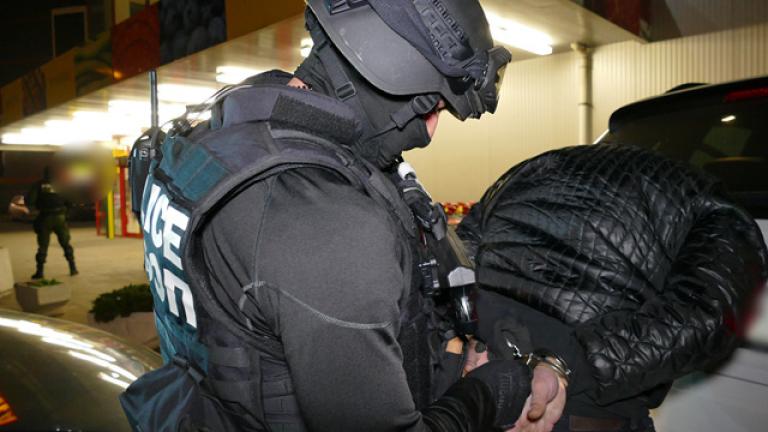 Снимка: Извънредна Информация: Ударна Акция На Българските Спецчасти! Закопчаха Знаков Наркобос!