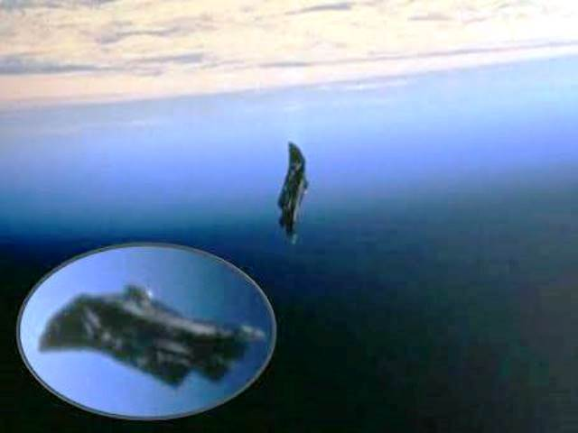 Снимка: Гигантски Извънземен Сателит Наблюдава Живота На Земята От Хилядолетия! Снимки И Доказателства!