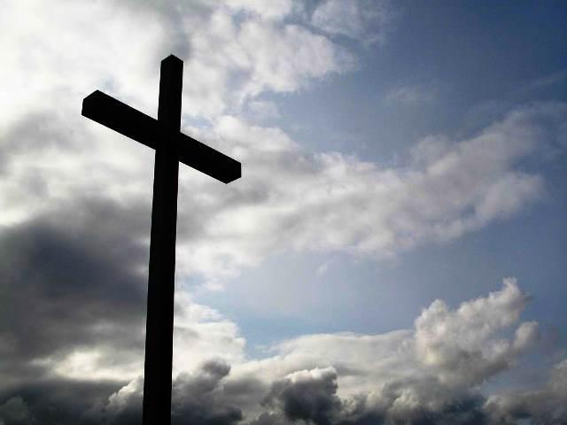 Още не били завършили молитвата си, когато управителят, изпълнен с