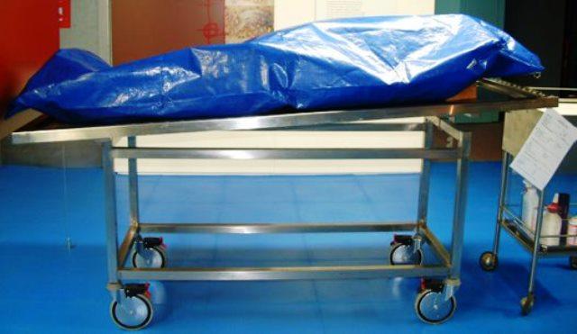 По тялото му били открити 22 рани и отоци, заради