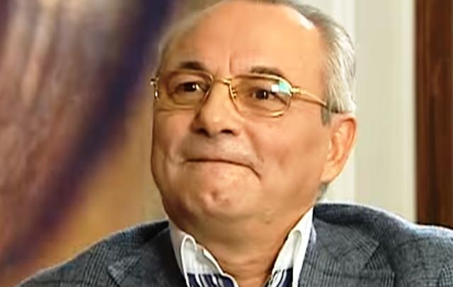 чинът на придобиване на фирмата от Гинка Върбакова.
