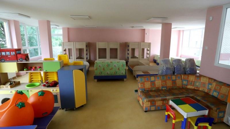 Детска учителка от забавачката във врачанското село Борован