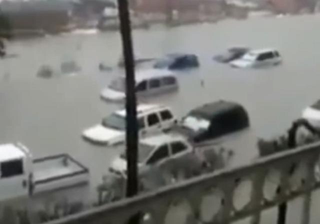 Местните власти отново издадоха предупреждения за наводнения в източната част