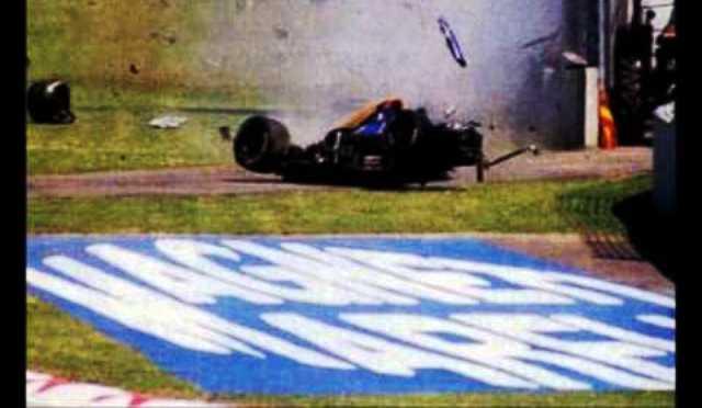 На 30 април 1994 г. той загина на пистата