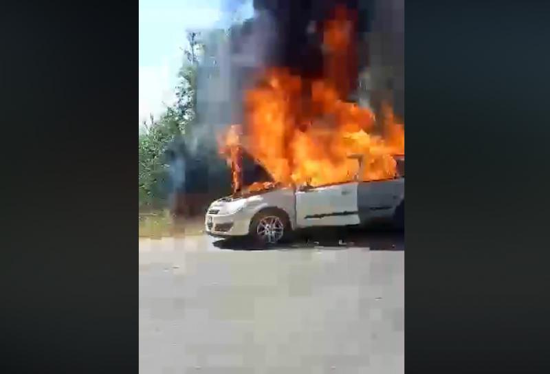 Лек автомобил гори до Пловдив. По думите на
