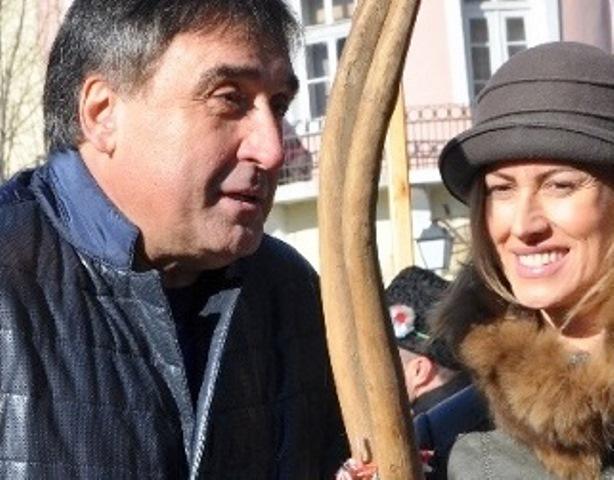 Добре осведомени източници твърдят, че Маринов е получил жилището по