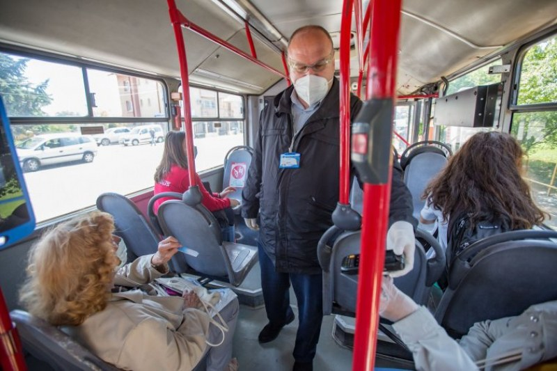 Пътник се разкрещя във варненски автобус на градския