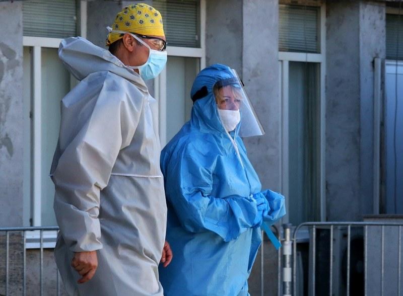 Нов голям скок на новите заразени. 303 случая
