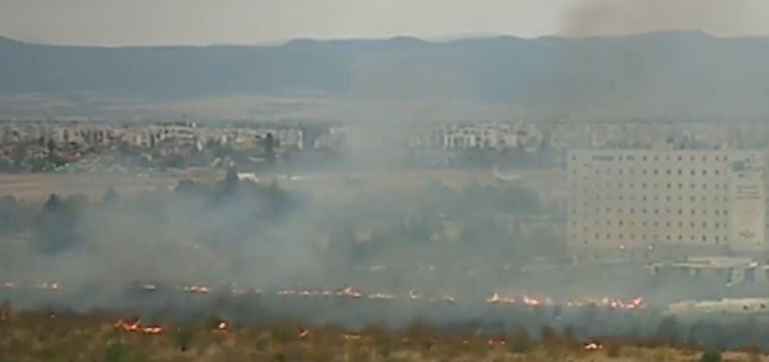 Снимка: В Момента: Огромен Пожар До Летището В София!