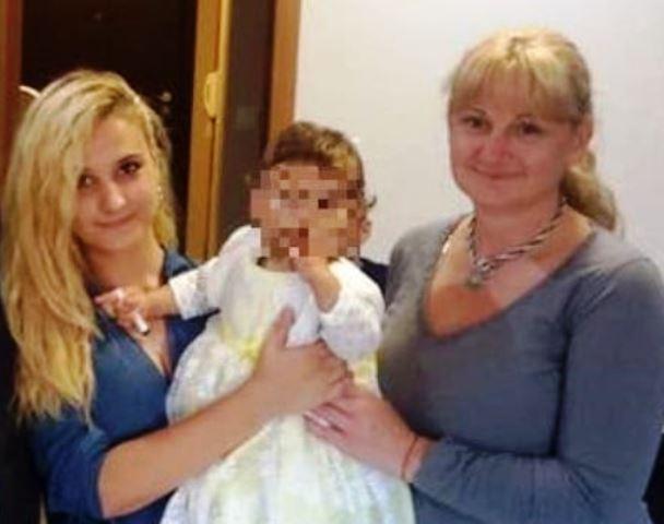 Снимка: Майката На Убитата Дарина След Зверското Убийство На Калина В Банишора: До Кога!!!