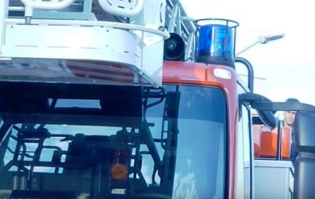 Камионът с турска регистрация първо е спукал гума. Тежкотоварният автомобил