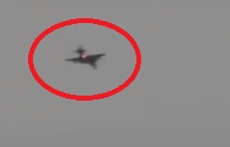 По предварителна информация самолетът бил свален с преносим зенитно-ракетен комплекс.
