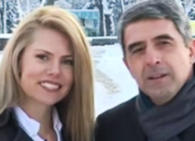 В навечерието на Нова година, Росен Плевнелиев събрал багажа си