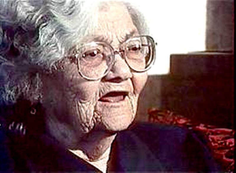 Слава Севрюкова е родена през далечната 1902 година. Нейните ясновидски