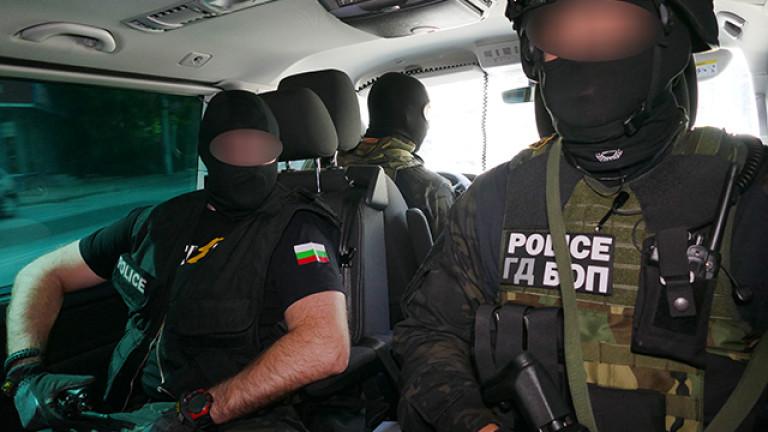 Снимка: Заплаха За Националната Сигурност! Десетки Са Арестувани В Цяла България!