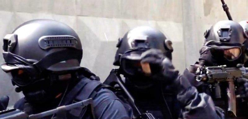 Властите са иззели записите от камерите за наблюдение в околностите.