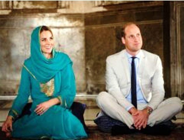 В Пакистан Кейт и Уилям са преживели нещо неочаквано. Днес