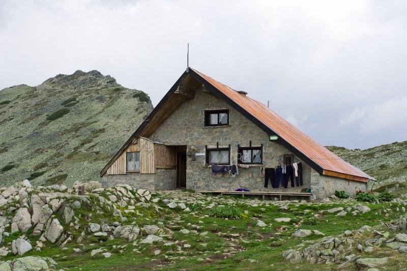 Неприятна случка е станала в Пирин планина. Туристка