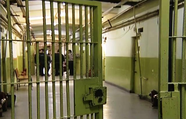 Според очевидци около 15 задържани са били избягали. Снимка: Скрийншот