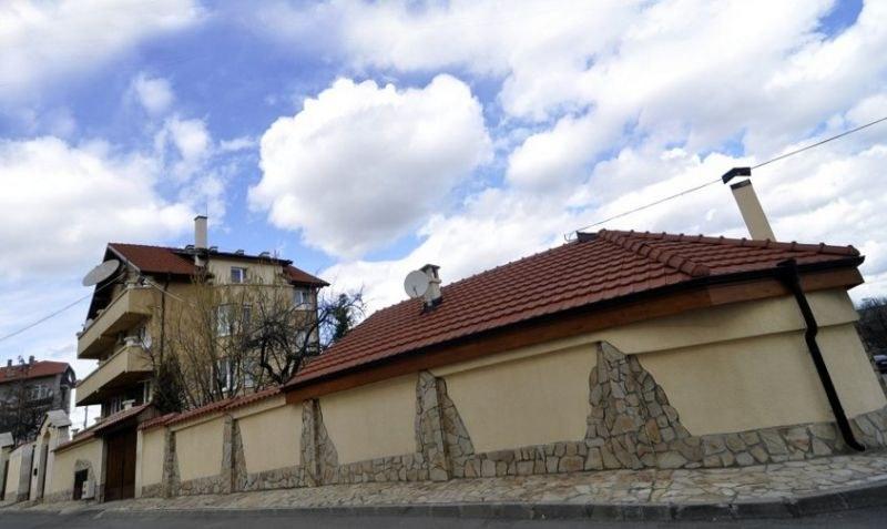 Късно снощи в полицията в Пловдив е получен