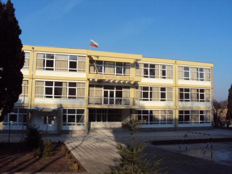 В три училища във Варна има единични случаи